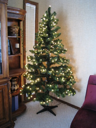 6.5 feet pre-lit Colorado pine Christmas tree - $45