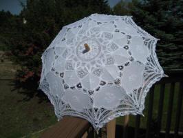 parasolwhite1a.JPG (60256 bytes)